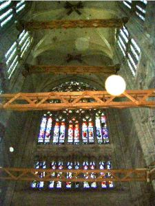 Ad hoc measures preventing the Beauvais cathedral from collapsing